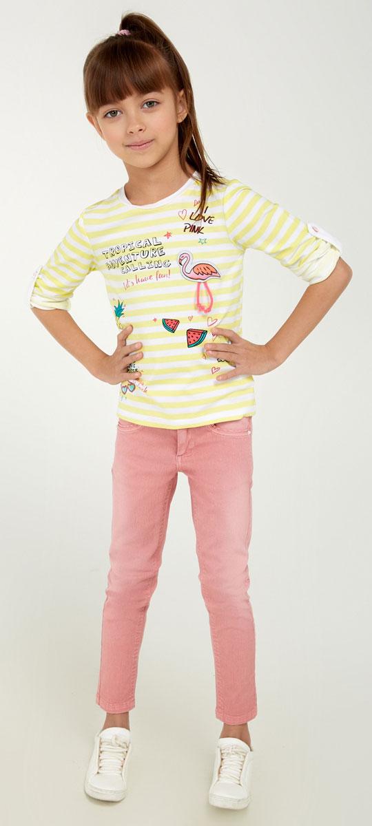 Брюки для девочки Acoola Nicky, цвет: нежно-розовый. 20220160099_3405. Размер 9220220160099_3405Стильные брюки для девочки Acoola Nicky идеально подойдут вашей маленькой моднице. Изделие выполнено из хлопкового твила яркой расцветки и декорировано выбеленным эффектом. Модель слим со средней посадкой имеет регулируемую резинку на талии и застегивается на молнию и пуговицу. На поясе предусмотрены шлевки для ремня. Брюки дополнены тремя карманами спереди и двумя накладными - сзади. Такие брюки займут достойное место в гардеробе вашего ребенка.