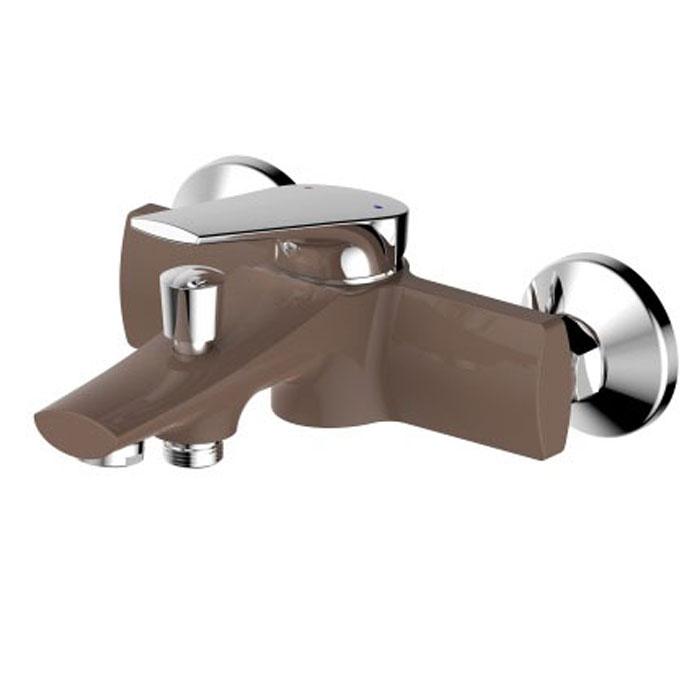 Смеситель для ванны РМС, с коротким изливом, цвет: шоколадный, золотистый. SL122BW-009SL122BW-009Смеситель для ванны с коротким литым изливом Ростовская мануфактура сантехники РМС предназначен для смешивания холодной и горячей воды. Изделие изготовлено из высококачественной первичной латуни, прочной, безопасной и стойкой к коррозии. Инновационные технологии литья и обработки латуни, а также увеличенная толщина стенок смесителя обеспечивают его стойкость к перепадам давления и температур. Переключение на душ: штоковое.В комплекте: эксцентрики, отражатели, металлический шланг для душа, лейка для душа. Картридж: 35 мм.Длина шланга: 1,5 м.Аэратор: пластиковый.