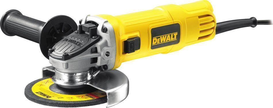 Шлифмашина угловая DeWalt DWE4151DWE4151Угловая шлифмашина DeWalt DWE 4151 оснащена многопозиционной рукояткой - для удобного захвата. Специальный кожух ограждает пользователя от стружки и пыли. Независимый и подпружиненный щеткодержатель увеличивает срок службы щеток. Благодаря эпоксидному покрытию обмотки двигатель защищен от абразивной пыли.Характеристики: Диаметр диска: 125 мм.Мощность: 900Вт. Число оборотов: 0-11800 об/мин. Комплектация:Защитный кожух; Многопозиционная боковая рукоятка; Внутренний и наружный фланцы; Спецключ (шестигранник).