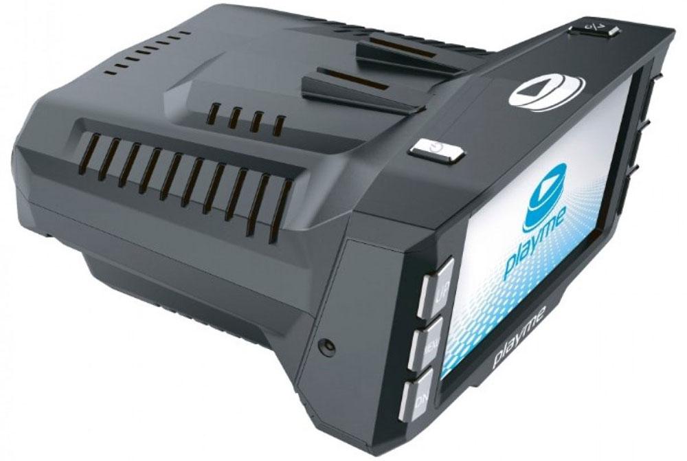 PlayMe P200 Tetra видеорегистратор с радар-детекторомPlayMe-P200Автомобильный видеорегистратор PlayMe P200 Tetra устанавливается на лобовое стекло на поворотном креплении присоске. В передней части устройства расположен миниатюрный глазок видеокамеры настоящего HD качества съемки. На задней части, со стороны водителя, расположен большой ЖК дисплей диагональю 2,7 дюйма.Дисплей используется для просмотра видео и выставления настроек. Производитель смог совместить вывод информации видеорегистратора и радар-детектора на один экран, что значительно уменьшило размеры корпуса. Съемка видео производится циклично на карту памяти micro SD до 32 Гб объемом. PlayMe P200 сам включится и начнет съемку при включении зажигания автомобиля и сам завершит работу в конце поездки.В качестве антирадар, PlayMe P200 Tetra способен улавливать радио излучение всех существующих радаров и камер ГИБДД на предельно возможном расстоянии. Для отсечения ложных срабатываний предусмотрена гибкая система настроек и возможность переключения между режимами чувствительности ГОРОД и ТРАССА. Все сообщения и предупреждения дублируются голосовыми подсказками на русском языке.Во время движения на дисплее отображается информация о скорости, расстоянии до камеры и её модели. Встроенный GPS модуль выполняет две функции. Основная - GPS информатор, в память устройства загружена подробная GPS база стационарных камер полиции, дополнительная - GPS трекинг, с возможностью просмотра маршрута и скорости движения автомобиля.Матрица: OmniVision OV9712Аккумулятор: 180 мАчГолосовые сообщенияЗащита от обнаружения системами VG-2Обновляемая БДОтключение отдельных диапазоновСохранение настроекРабочая температура: -20 - 70 °C