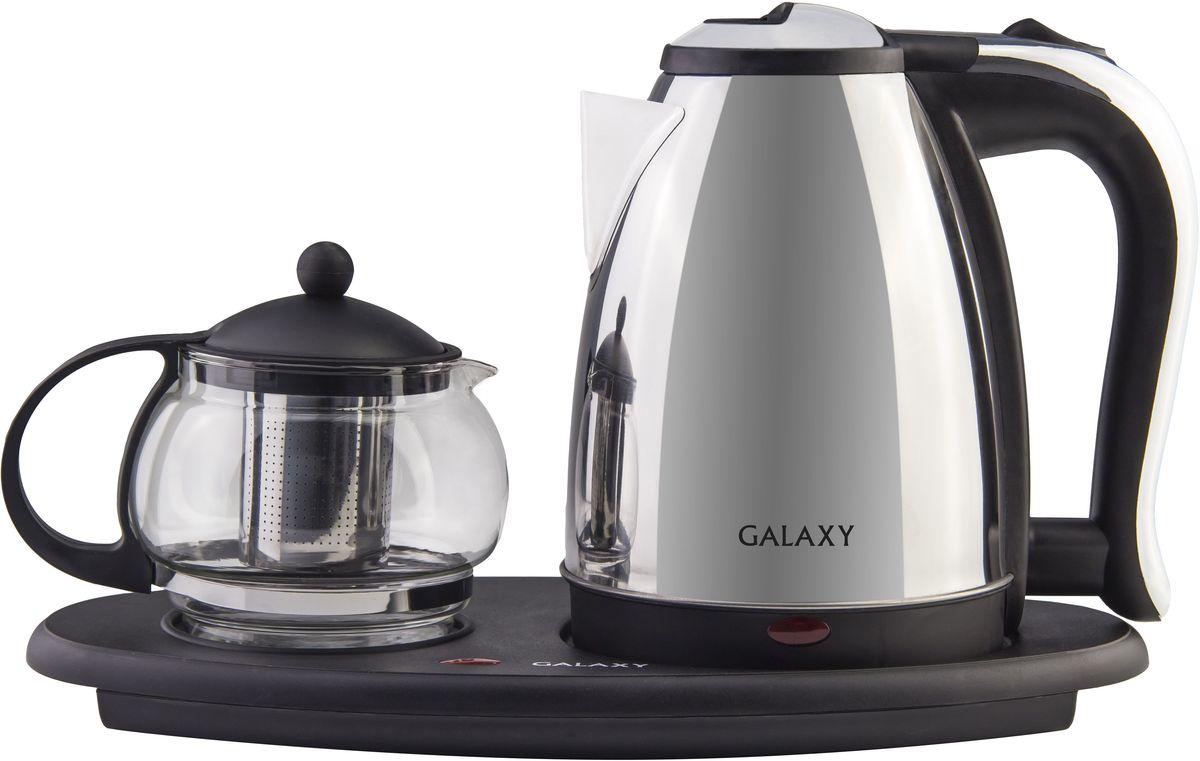 Galaxy GL 0401, Black набор для приготовления чая4630003365293Техника для приготовления горячих напитков Galaxy отвечает всем современным требованиям надежности и безопасности. При ее производстве используются только высококачественные и экологически безопасные материалы, а также нагревательные элементы и контроллеры высокого класса надежности. Среди разнообразия моделей каждая будет служить вам долгие годы, наполняя ваш быт комфортом!Функция поддерживания температуры для заварочного чайника, указатели максимального уровня воды. Имеется индикатор работы, а также автоотключение при закипании и при отсутствии воды. У заварочного чайника съемный фильтр.Объем чайника - 1,8 л; объем заварочного чайника - 1 л.