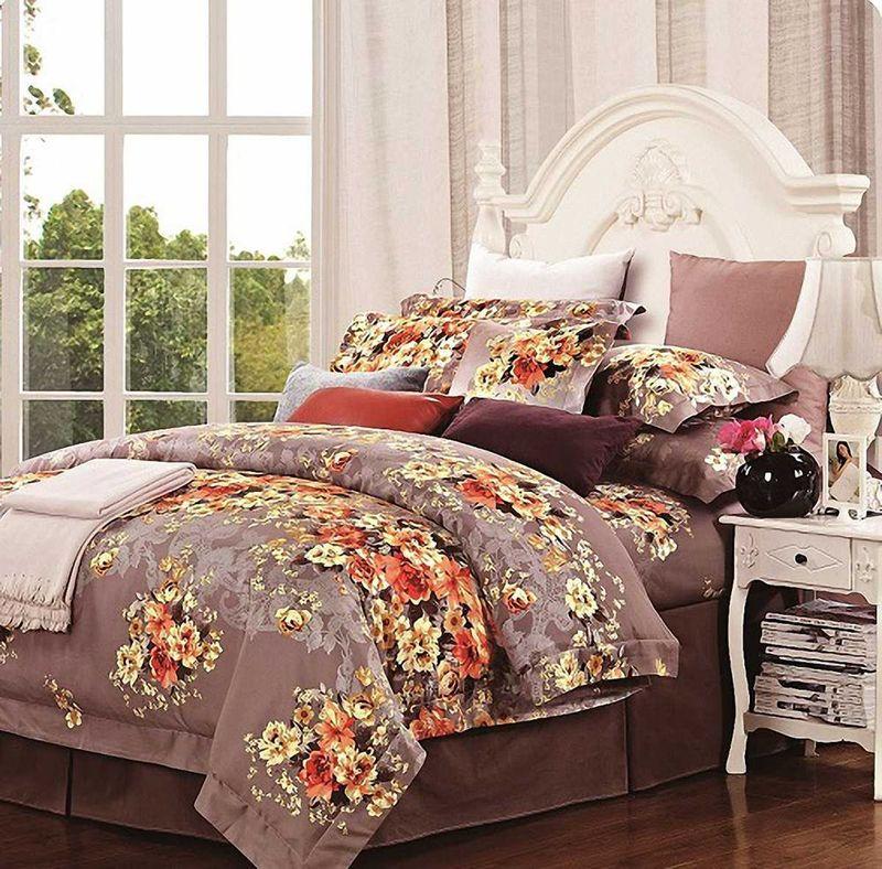 Комплект белья МарТекс Нежный аромат, 2-спальный, наволочки 70х7001-0233-2Комплект постельного белья МарТекс Нежный аромат, выполненный из сатина (100% хлопок), состоит из пододеяльника, простыни и двух наволочек. Изделия оформлены оригинальным принтом. Сатин - прочная, легкая и мягкая на ощупь ткань. Белье из него нелиняет при стирке и легко гладится. Эта ткань традиционно считаетсяодной из лучших для изготовления постельного белья.Такой комплект подойдет для любого стилевого и цветового решения интерьера, а также создаст в доме уют. Приобретая комплект постельного белья МарТекс, вы можете быть уверенны в том, что покупкадоставит вам и вашим близким удовольствие и подарит максимальный комфорт.