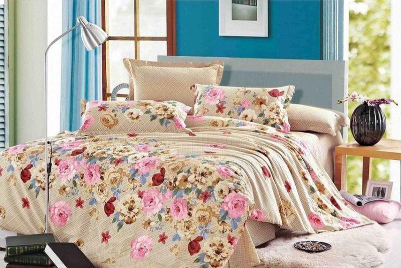 Комплект белья МарТекс Натали, 1,5-спальный, наволочки 70х7001-0521-1Комплект постельного белья МарТекс Натали, выполненный из сатина (100% хлопок), состоит из пододеяльника, простыни и двух наволочек. Изделия оформлены оригинальным принтом. Сатин - прочная, легкая и мягкая на ощупь ткань. Белье из него нелиняет при стирке и легко гладится. Эта ткань традиционно считаетсяодной из лучших для изготовления постельного белья.Такой комплект подойдет для любого стилевого и цветового решения интерьера, а также создаст в доме уют. Приобретая комплект постельного белья МарТекс, вы можете быть уверенны в том, что покупкадоставит вам и вашим близким удовольствие и подарит максимальный комфорт.