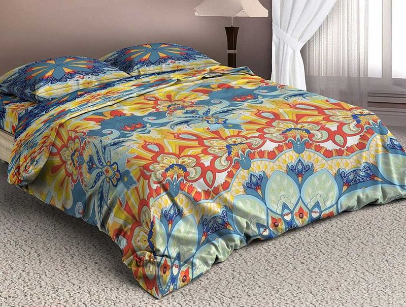 Комплект белья МарТекс Арсин, 1,5-спальный, наволочки 70х7001-1329-1Комплект постельного белья МарТекс Арсин, выполненный из микрополиэстера, состоит из пододеяльника, простыни и двух наволочек. Изделия оформлены оригинальным принтом.Такой комплект подойдет для любого стилевого и цветового решения интерьера, а также создаст в доме уют.