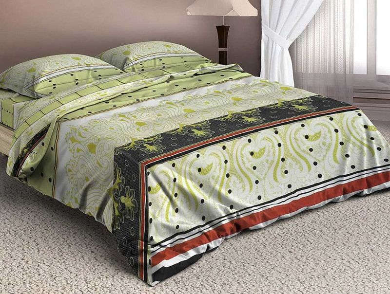 Комплект белья МарТекс Валлоне, евро, наволочки 50х70, 70х7001-1339-3Комплект постельного белья МарТекс Валлоне, выполненный из микрополиэстера, состоит из пододеяльника, простыни и четырех наволочек. Изделия оформлены оригинальным рисунком.Такой комплект подойдет для любого стилевого и цветового решения интерьера, а также создаст в доме уют. Приобретая комплект постельного белья МарТекс, вы можете быть уверенны в том, что покупкадоставит вам и вашим близким удовольствие и подарит максимальный комфорт.Советы по выбору постельного белья от блогера Ирины Соковых. Статья OZON Гид