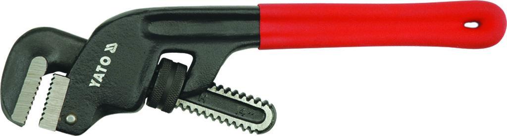 Ключ трубный Yato Stillson, изогнутый, длина 25 смYT-2201Трубный ключ Yato Stillson используется для монтажа и демонтажа у трубных резьбовых соединений. Ключ эффективен в работе благодаря его специальной усиленной конструкции. Зажимные губки изготовлены из стали. Ручка имеет ПВХ покрытие, благодаря чему ключ не скользит в руках. В среднем на 70% превышают передаваемый крутящий момент по стандарту GGG-W-651E.Ширина захвата: 4,5 см.