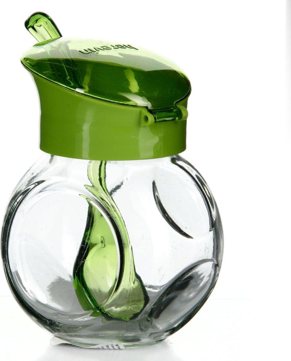 Емкость для специй Herevin, с ложкой, 225 мл. 131004-000131004-000Емкость для специй прозрачная с зеленой крышкой и ложкой, V=225 мл, 65*85*120 мм
