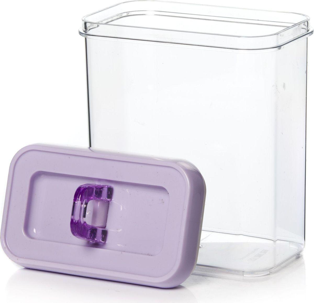Контейнер для продуктов Herevin, 1,7 л. 161183-033161183-033Контейнер для продуктов Herevin изготовлен из качественного пищевого пластика без содержания BPA. Крышка плотно и герметично закрывается, поэтому продукты дольше остаются свежими. Прозрачные стенки позволяют видеть содержимое. Такой контейнер подойдет для использования дома, его можно взять с собой на работу, учебу, в поездку.