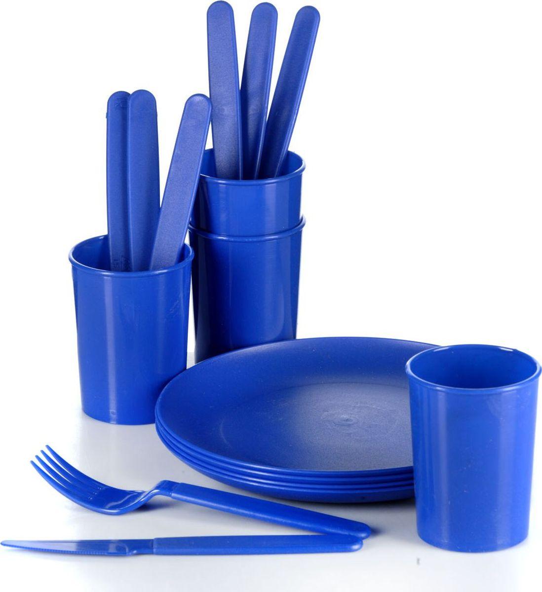 Набор пластиковой посуды Gotoff Туристический, цвет: синий, 16 предметовWTC-840Набор пластиковой посуды Gotoff Туристический включает 4 тарелки, 4 стакана, 4 вилки и 4 ножа. Изделия выполнены из прочного пищевого полипропилена. Набор отлично подойдет как для холодных, так и для горячих блюд. Его удобно использовать на даче, брать с собой на пикники и в поездки. Отличный вариант для детских праздников. Пластиковая посуда не разобьется и будет служить вам долгое время. Изделия легко моются, гигиеничны, не накапливают запахов. Диаметр тарелки: 20,5 см. Диаметр стакана: 7 см. Высота стакана: 9 см. Длина вилки: 18 см. Длина ножа: 18,5 см.