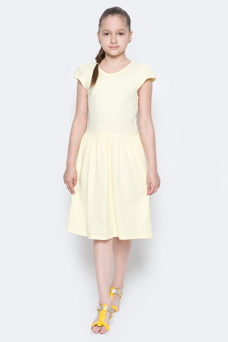 Платье для девочки Sela, цвет: светло-желтый. Dks-617/853-7224. Размер 128, 8 летDks-617/853-7224Лаконичное платье для девочки Sela выполнено из натурального хлопка. Модель приталенного кроя с расклешенной юбкой и короткими рукавами-крылышками подойдет для прогулок и дружеских встреч и станет отличным дополнением гардероба маленькой модницы. Вырез горловины дополнен мягкой эластичной бейкой. Мягкая ткань комфортна и приятна на ощупь.