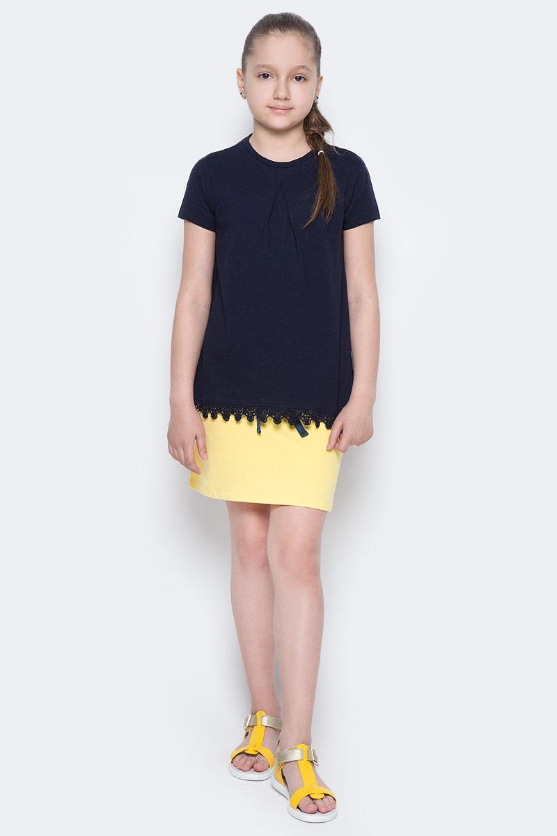 Футболка для девочки Sela, цвет: темно-синий. Ts-611/956-7172. Размер 128, 8 летTs-611/956-7172Стильная футболка для девочки Sela изготовлена из натурального хлопка. Модель полуприлегающего кроя оформлена вязаным кружевом по низу. Воротник дополнен мягкой эластичной бейкой. Универсальный цвет позволяет сочетать изделие с любой одеждой.