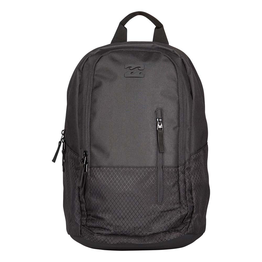 Рюкзак городской Billabong Shadow pack, цвет: черный3607869368615Стильный и удобный рюкзак, компактный и достаточно вместительный, сделан, чтобы следовать за вами всюду, как тень. Рюкзак Shadow, в котором сочетается функциональность и эстетический внешний вид. Большое основное отделение с мягким карманом для ноутбука. Дополнительное отделение с вертикальным карманом. Усиленное дно. Эргономичные лямки с регулировкой.