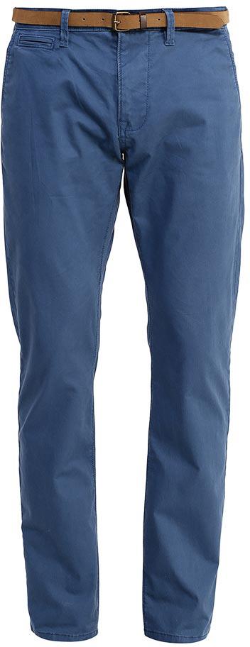Брюки мужские Tom Tailor, цвет: темно-синий. 6404787.00.10_1000. Размер 31-32 (46/48-32)6404787.00.10_1000Модные мужские брюки Tom Tailor выполнены из высококачественного хлопка с добавлением эластана. Брюки прямой модели имеют стандартную талию. Застегиваются на пуговицу в поясе и ширинку на молнии. Имеются шлевки для ремня. Спереди расположены два боковых прорезных кармана и один небольшой прорезной кармашек, а сзади - два прорезных кармана на пуговице.