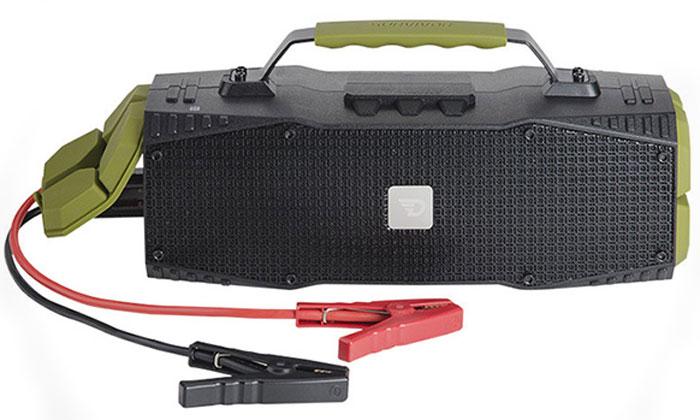 DreamWave Survivor, Khaki портативная Bluetooth-колонка15119103DreamWave Survivor является первым и единственным в мире устройством, объединяющим в себе портативную Bluetooth-колонку с выходной мощностью в 30 Вт и джамп-стартер (400 А/12 В). Устраивайте вечеринки на природе с вашими друзьями и наслаждайтесь музыкой весь день на пролет благодаря встроенному аккумулятору емкостью 12 тысяч мАч. Благодаря сочетанию передовых технологий и тончайших настроек звука, Survivor способен передать музыку во всей полноте, сохраняя ее первозданную глубину и ясность - так, как это задумывал исполнитель. Когда пришло время выдвигаться в путь, а ваш автомобиль или лодка не заводятся, просто подключите Survivor к аккумулятору транспортного средства и воспользуйтесь джамп-стартером. Мощности последнего хватит, чтобы завести 7-литровый двигатель с напряжением 8В. Кроме этого Survivor оборудован ультраярким светодиодным фонарем мощностью в 110 люменов, который может освещать вам путь на расстоянии до 400 метров, а также способен подавать сигнал SOS. Надежная конструкция, защита от воды/песка/пыли/снега уровня IPX5, компактный дизайн и надежная алюминиевая ручка для переноски позволят вам брать Survivor с собой, куда бы вы ни отправились, кроме того устройство поможет в экстренных ситуациях.Премиальная Hi-Fi-колонка с мощностью 30 Вт;Джамп-стартер на 400А для запуска электропитания транспортного средства;Светодиодный фонарь мощностью в 110 люменов (режимы освещения и SOS);Защита от воды/песка/пыли уровня IPX5;Bluetooth CSR 4.0 + EDR, A2DP AVRCP, APTX;Аккумулятор 12000 мАч (повербенк);Работает до 16 часов подряд (7 часов на максимальной громкости);Звонки хэндз-фри, бесконтактная связь по NFC;USB-порт 5В/1А для подзарядки гаджетов;Звук Hi-Fi, защита от помех Выходная мощность 30 Вт;Bluetooth CSR 4.0 + EDR, A2DP AVRCP, APTX;Аккумулятор тип: литий-ионный;емкость: 12000 мАч;время работы: до 14 часов;Разное хэндз-фри, NFC;джамп-стартер;защита IPX5, защита от помех;USB-порт 5В/1А для подзарядки