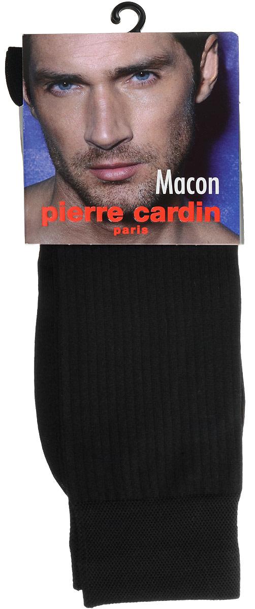 Носки мужские Pierre Cardin Macon, цвет: черный. Размер 3 (41/42)Cr MaconКлассические мужские носки Pierre Cardin изготовлены из высококачественного хлопка с добавлением полиамида и эластомера, что обеспечивает комфортную посадку. Модель выполнена в элегантном однотонном дизайне с тиснением полосками, паголенок декорирован изображением логотипа бренда. Благодаря использованию тончайших волокон мерсеризированного хлопка, кожа в таких носках дышит. Двойная, широкая, эластичная резинка идеально облегает ногу и не пережимает сосуды.