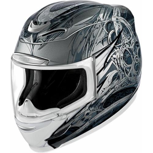 Мотошлем Icon Airmada Sportbike SB1, цвет: серый металлик. 0101. Размер XS0101-6041Отличное сочетание функциональности и стиля. Этот шлем прекрасно подойдет как длягородской езды, так и для спортивных заездов на треке. За основу взят литойполикарбонатный корпус.Сточки зрения аэродинамики, посадки, вентиляции и комфорта – это совершенно новая модель шлема.Вентиляция так же была улучшена. Теперь у нас 7 каналов для впуска свежего воздуха, и 6 портов для выпуска. Как и в предыдущих моделях, мы имеем каналы в ротовой области, а так же два боковых порта, которые регулируются в нескольких положениях с внутренней стороны шлема. Выше имеется десятимиллиметровый двойной канал, который, как и прежде удобно контролировать – в закрытом или открытом положении. И одна из новинок находится поблизости – двойной регулировочный порт, который в дополнение ко всем предыдущим, направляет потоки свежего непосредственно на лобную часть водителя. Соответственно, горячий воздух выходит через задние порты - два сверху, два по бокам и два с нижней стороны. Еще одним нововведением является - специально разработанный для линейки «Airmada» визор «Optics». Он стал несколько больше чем предшественники, имеет специальное покрытие от запотевания, гибкий и прочный – и что интересно – такой визор дает вам угол обзора на пять градусов больше, чем в предыдущих моделях. Здесь присутствует «Pro - Lock» защита от открывания. И еще одним большим плюсом является то, что визор стало намного легче снимать. Все что нужно – это поднять его до предела, нажать на боковые фиксаторы, и визор без проблем отсоединяется. Чтобы одеть его обратно, вставить визор до щелчка – и закрыть шлем. По сравнению с предыдущими моделями – замена визора теперь становится делом на пару секунд. Все внутренние подушки впитывают влагу, легко снимаются для стирки и устанавливаются аналогичным образом. Используется самая надежная система фиксации – D-образная кольцо-застежка, чтобы шлем ни при каких обстоятельствах не отстегнулся. Съемный 