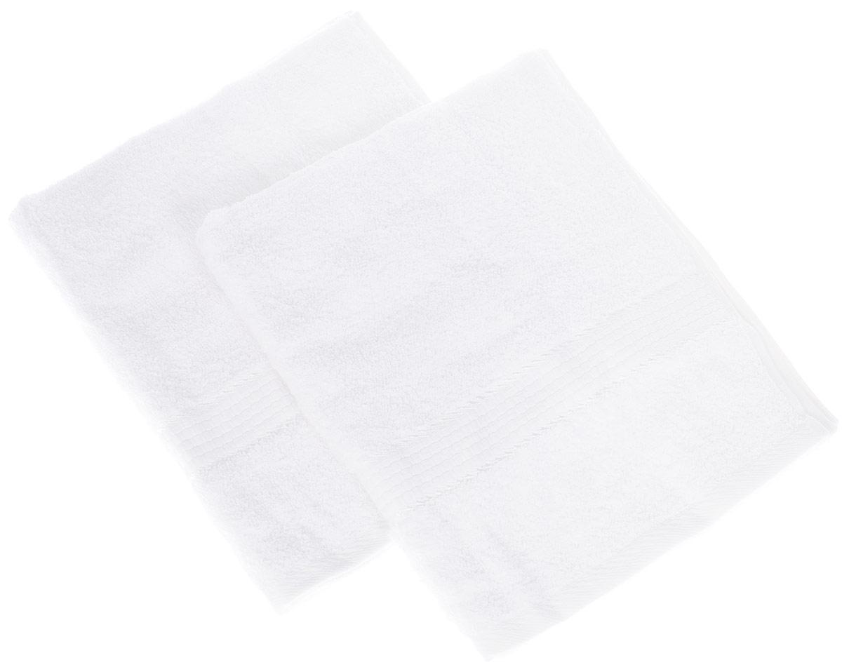 Набор махровых полотенец Aisha Home Textile, цвет белый, 50 х 90 см, 2 штУНП-А-011Набор Aisha Home Textile состоит из двух махровых полотенец, выполненных из натурального 100% хлопка. Изделия отлично впитывают влагу, быстро сохнут, сохраняют яркость цвета и не теряют формы даже после многократных стирок.Полотенца Aisha Home Textile очень практичны и неприхотливы в уходе. Комплектация: 2 шт.