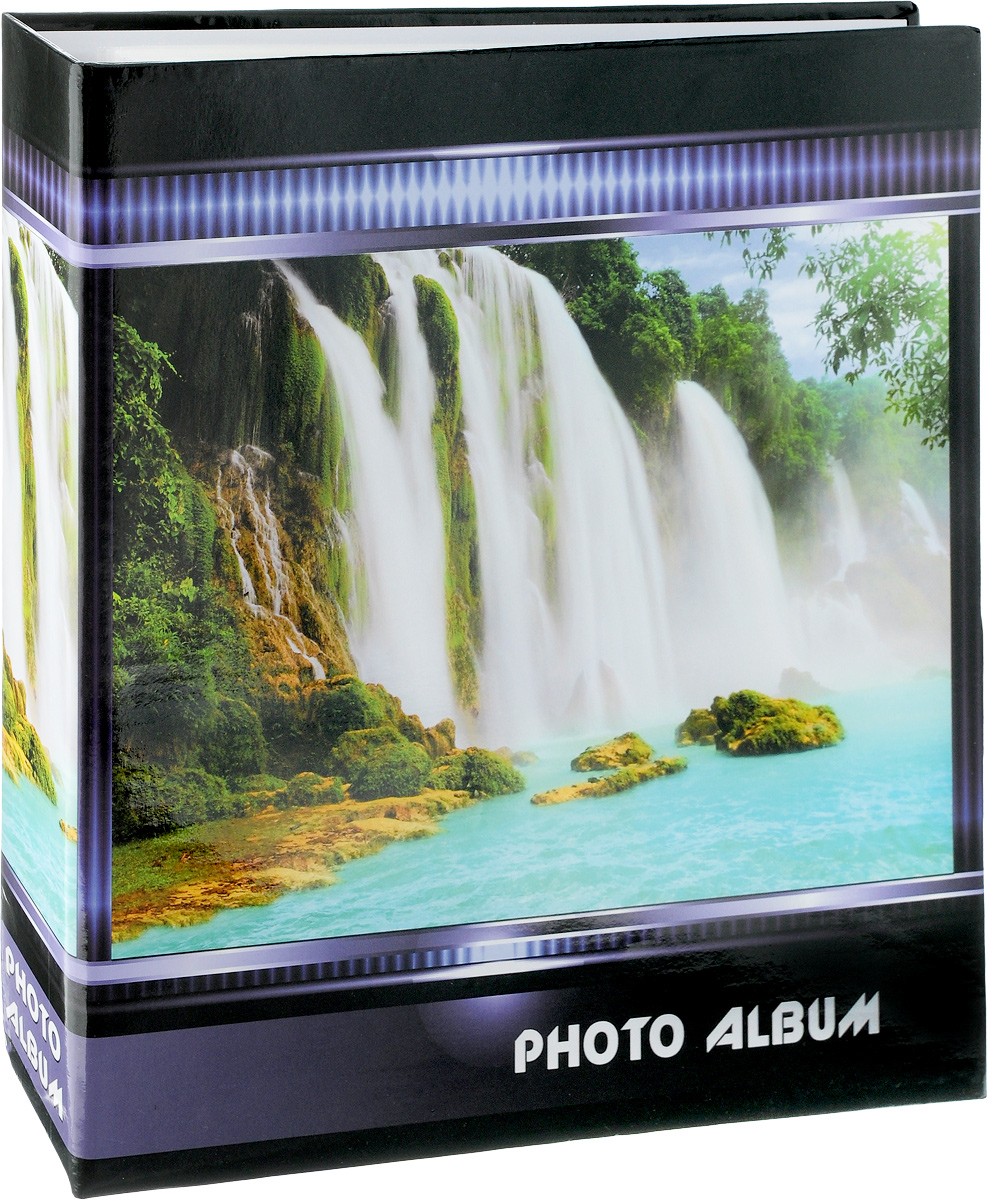 Фотоальбом Pioneer Waterfalls, 500 фотографий, цвет: черный, белый, зеленый, 10 x 15 см47513 AV46500 3-OФотоальбом Pioneer Waterfalls позволит вам запечатлеть незабываемые моменты вашей жизни, сохранить свои истории и воспоминания на его страницах. Обложка из искусственной кожи оформлена оригинальным принтом. Фотоальбом рассчитан на 500 фотографии форматом 10 x 15 см. Фотографии фиксируется внутри с помощью кармашек. Такой необычный фотоальбом позволит легко заполнить страницы вашей истории, и с годами ничего не забудется.На странице размещаются 5 фотографий: 3 горизонтально и 2 вертикально.Количество страниц: 100.Материал обложки: Ламинированный картон.Переплет: на кольцах.Материалы, использованные в изготовлении альбома, обеспечивают высокое качество хранения ваших фотографий, поэтому фотографии не желтеют со временем.