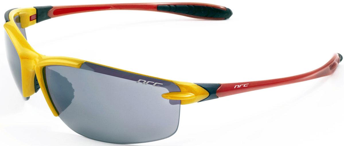 Очки солнцезащитные NRC, цвет: желый. 2104221042Очки солнцезащитные NRC - предназначены, как для езды на велосипеде, так и для многих других видов спорта. Бренд NRC известен собственными фирменными разработками, адаптирующими очки под разные климатические условия, различное время суток, степень освещенности, а также под индивидуальные потребности каждого конкретного пользователя. Особенности:Дымчатые фотохромные линзыМатериал оправы – нейлон (TR90)Оправа - сверхлегкая и удобнаяМатериал линзы - поликарбонат (РС)Особенности линзы - фотохромнаяПокрытие –защитное от царапин [NOSCRATCH]Прозрачность -17%Категория фильтра -2Вес -20,6 гКривизна (изгиб) -8