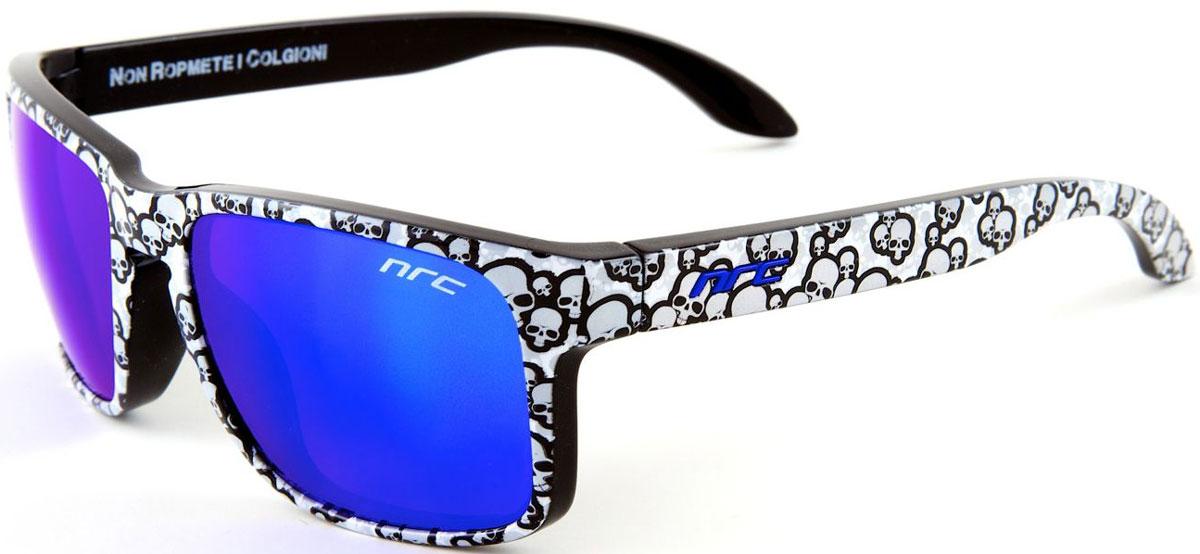 Очки солнцезащитные NRC, цвет: серый. 2104421044Очки солнцезащитные NRC - предназначены, как для езды на велосипеде, так и для многих других видов спорта. Бренд NRC известен собственными фирменными разработками, адаптирующими очки под разные климатические условия, различное время суток, степень освещенности, а также под индивидуальные потребности каждого конкретного пользователя. Особенности:Синие зеркальные линзыМатериал оправы – нейлон (TR90)Особенности оправы - спортивные и модные с современным дизайном и люминесцентной окраской (светятся в темноте) Материал линзы - поликарбонат (РС)Покрытие – защитное от царапин [NOSCRATCH]Прозрачность -11%Категория фильтра -3Вес -31,6 гКривизна (изгиб) - 6