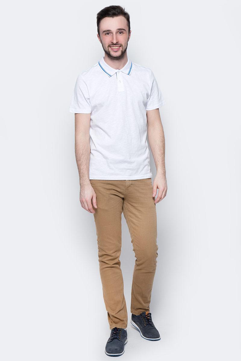 Поло мужское Tom Tailor, цвет: белый, синий. 1531084.00.10_2000. Размер L (50)1531084.00.10_2000Мужская футболка-поло Tom Tailor поможет создать отличный современный образ. Модель изготовлена из хлопка. Футболка-поло с короткими рукавами застегивается сверху на две пуговицы. Такая футболка станет стильным дополнением к вашему гардеробу, она подарит вам комфорт в течение всего дня!