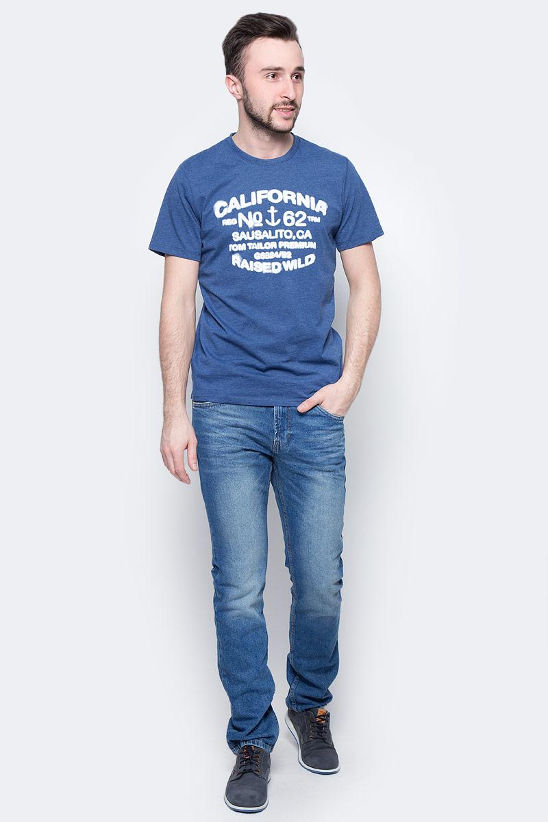 Футболка мужская Tom Tailor, цвет: темно-синий. 1037703.00.10_6621. Размер L (50)1037703.00.10_6621Мужская футболка Tom Tailor выполнена из натурального хлопка. Модель с круглым вырезом горловины и короткими рукавами оформлена оригинальным принтом.Такая футболка станет стильным дополнением к вашему гардеробу, она подарит вам комфорт в течение всего дня!