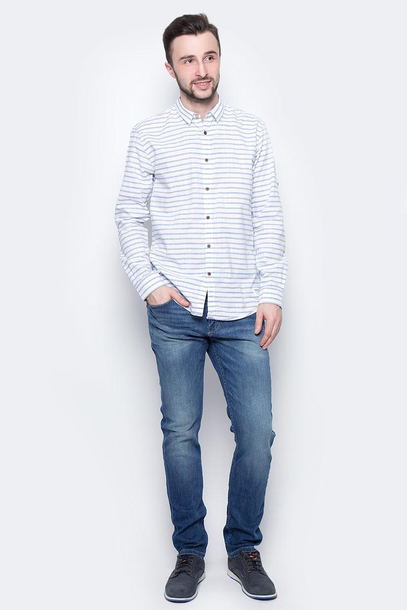 Рубашка мужская Tom Tailor Denim, цвет: белый, голубой, хаки. 2033365.00.12_6696. Размер XL (52)2033365.00.12_6696Мужская рубашка Tom Tailor Denim поможет создать отличный современный образ. Модель изготовлена из хлопка. Рубашка с отложным воротником и длинными рукавами застегивается по всей длине на пуговицы. Манжеты рукавов оснащены застежками-пуговицами.Оформлено изделие принтом в полоску.Такая рубашка станет стильным дополнением к вашему гардеробу, она подарит вам комфорт в течение всего дня!