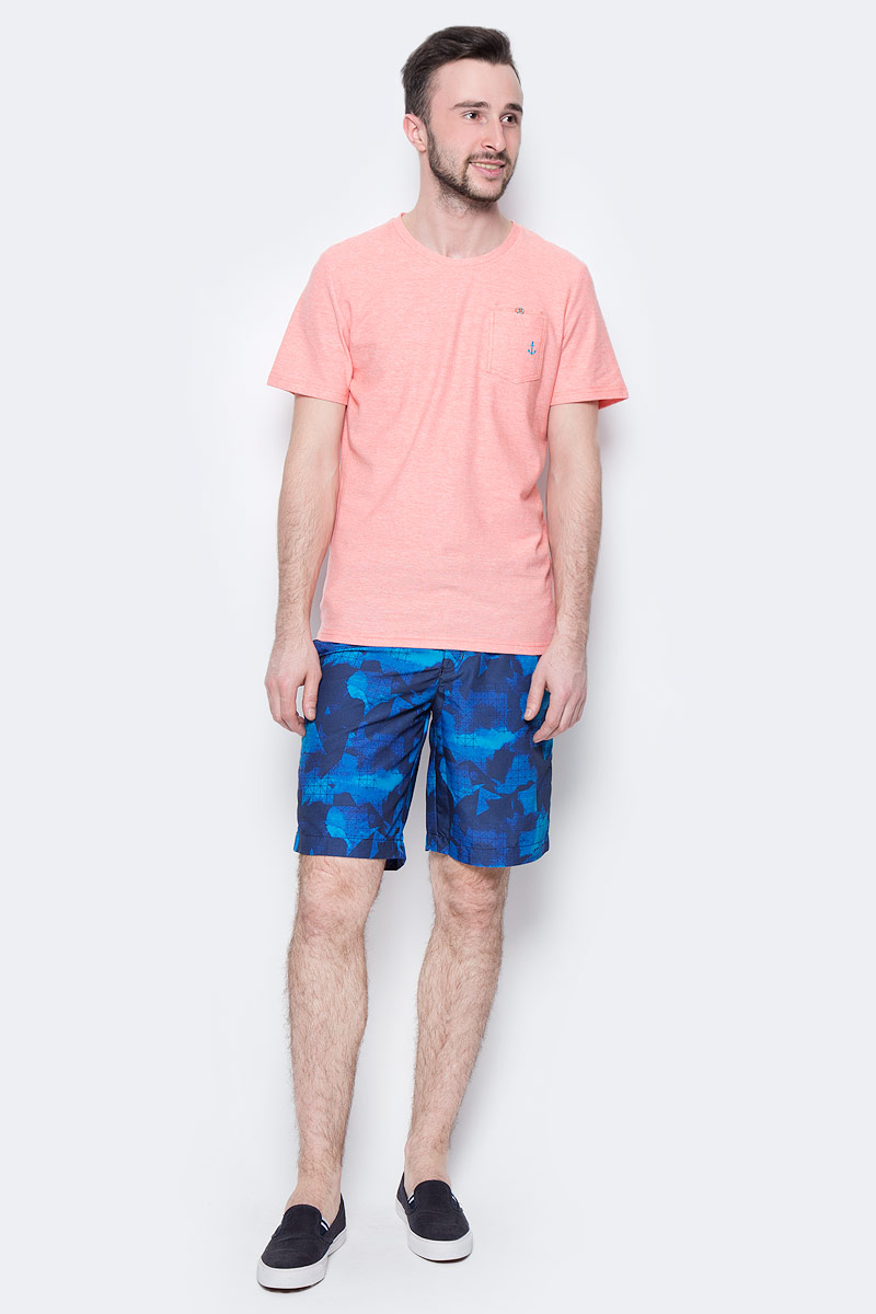 Шорты мужские Tom Tailor, цвет: синий, темно-синий. 6510284.00.10_6740. Размер M (48)6510284.00.10_6740Стильные мужские шорты Tom Tailor выполнены из 100% полиэстера. Шорты с поясом на талии затягиваются с помощью шнурка. По бокам предусмотрены два прорезных кармана.Имеется имитация ширинки. Оформлено изделие оригинальным принтом.