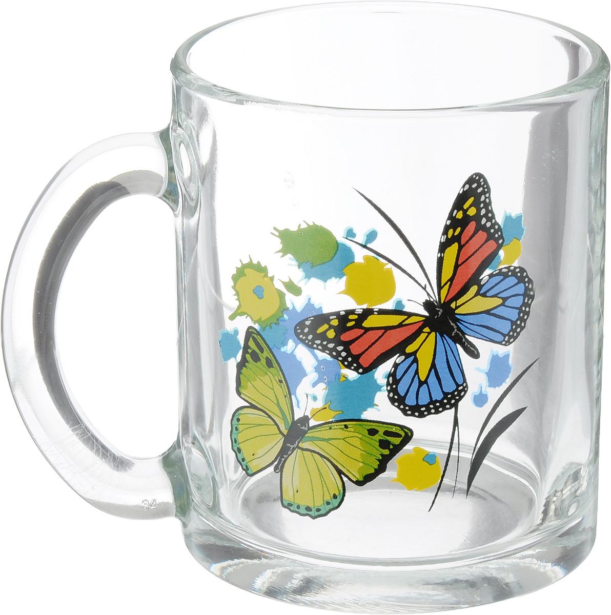 """Кружка OSZ """"Чайная. Танец бабочек"""" изготовлена из прозрачного стекла и украшена красивым  рисунком. Изделие идеально подходит для сервировки стола.Кружка не только украсит ваш  кухонный стол, но и подчеркнет прекрасный вкус хозяйки. Диаметр кружки (по верхнему  краю): 8 см. Высота кружки: 9,5 см. Объем кружки: 320 мл."""