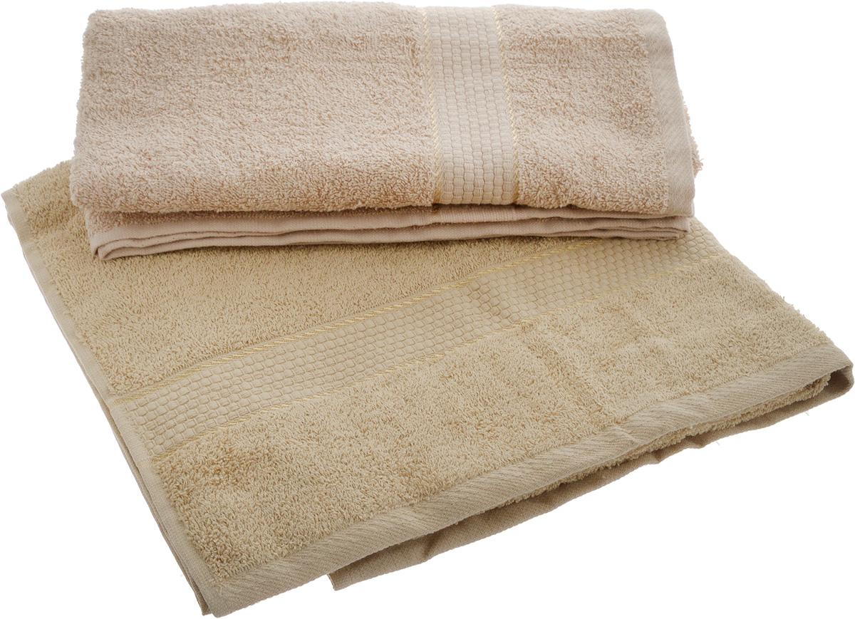 """Набор """"Aisha Home Textile"""" состоит из двух махровых полотенец, выполненных из 100% хлопка. Изделия отлично впитывают влагу, быстро сохнут, сохраняют яркость цвета и не теряют формы даже после многократных стирок.  Полотенца """"Aisha Home Textile"""" очень практичны и неприхотливы в уходе.  Комплектация: 2 шт."""