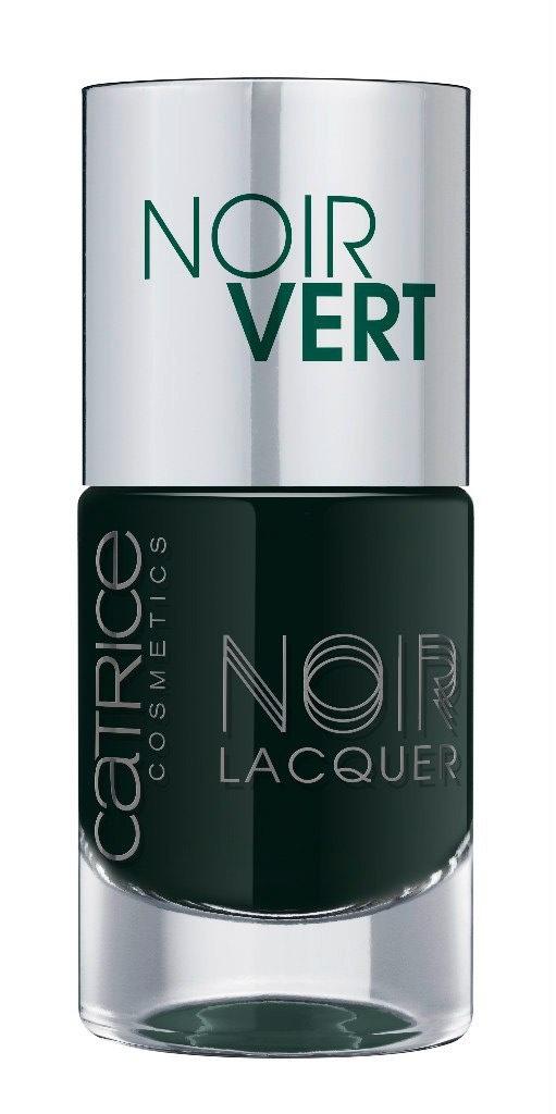 Catrice Лак для ногтей Noir Noir Lacquers 06 Noir Vert оливково-черный 10мл59917Стойкая формула и эффектный глянцевый блеск, новые лакиCATRICENoirNoirLacquers– словно коллекция «маленьких черных платьев» для ногтей! В каждом из них глубокий черный тон дополнен едва уловимой ноткой цвета – зеленого, синего, фиолетового или красного. Плотная текстура обеспечивает равномерное нанесение.