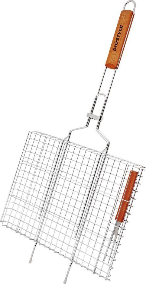 Решетка-гриль Biostyle Дачная, с вилкой, 36 х 26,5 х 3 см101-201Решетка-гриль Biostyle Дачная изготовлена из высококачественной стали, поэтому при длительном использовании она не теряет своей формы, а так же вы легко удалите с нее остатки пищи. В решетке-гриль удобно готовить мясо, рыбу, морепродукты и овощи. Рукоятка изделия оснащена деревянной вставкой и фиксирующей скобой, которая зажимает створки решетки. Размер рабочей поверхности решетки (без учета усиков): 36 х 26,5 х 3 см.Общая длина решетки (с ручкой): 71 см.Длина вилки: 22 см. Размер рабочей части вилки: 10 х 1,5 см.