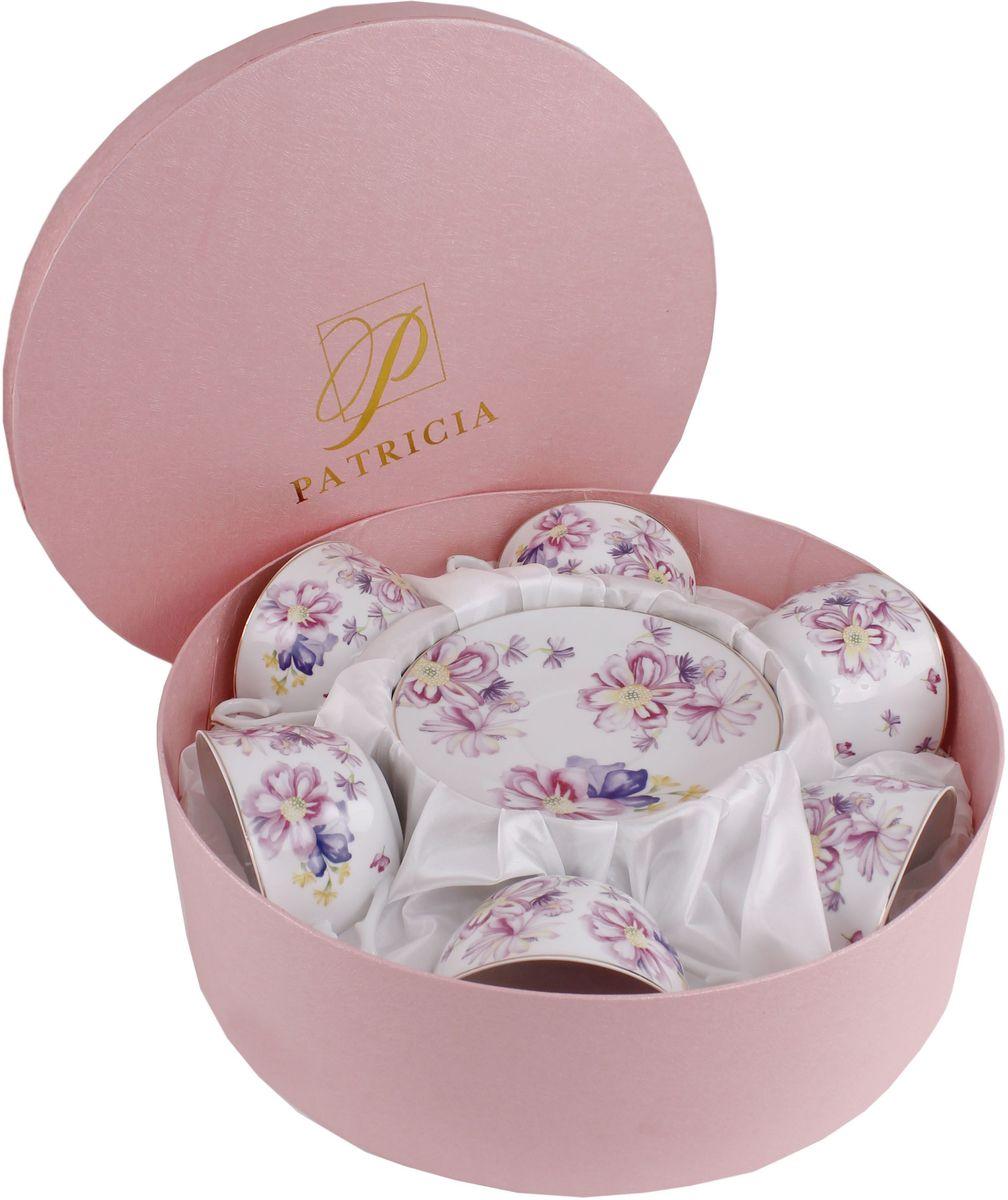 """Чайный набор """"Patricia"""" состоит из 6 чашек и 6 блюдец.  Набор, выполненный из высококачественного фарфора, изящно дополнит сервировку стола к чаепитию. Не  рекомендуется мыть в посудомоечной машине и  использовать в микроволновой печи. Объем чашки: 250 мл.  Диаметр блюдца: 15 см."""