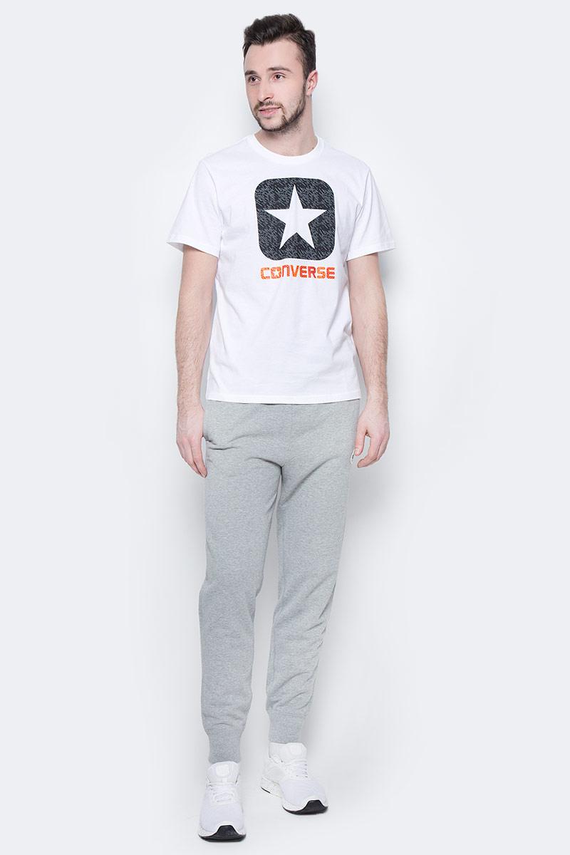 Брюки спортивные мужские Converse Knitted Pant, цвет: серый. 10003124035. Размер L (50)10003124035Спортивные брюки Converse изготовлены из качественного натурального хлопка Модель на широкой эластичной резинке с тремя удобными карманами. Низы брючин дополнены застежками-молниями. Такие брюки незаменимая вещь в спортивном и летнем гардеробе. Прекрасный выбор для занятий спортом или активного отдыха.