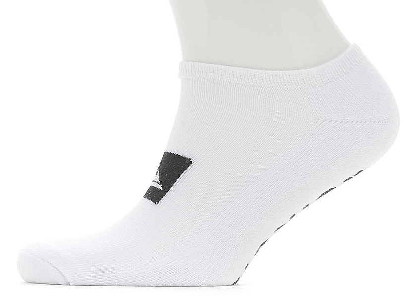 Носки мужские Quiksilver Ankle Pack, цвет: белый, 3 пары. EQYAA03483-WBB0. Размер 10/13 (43/46)EQYAA03483-WBB0Мужские носки Quiksilver изготовлены из хлопка с добавлением полиэстера и эластана. Укороченная модель имеет мягкую эластичную резинку. Носки хорошо держат форму и обладают повышенной воздухопроницаемостью.