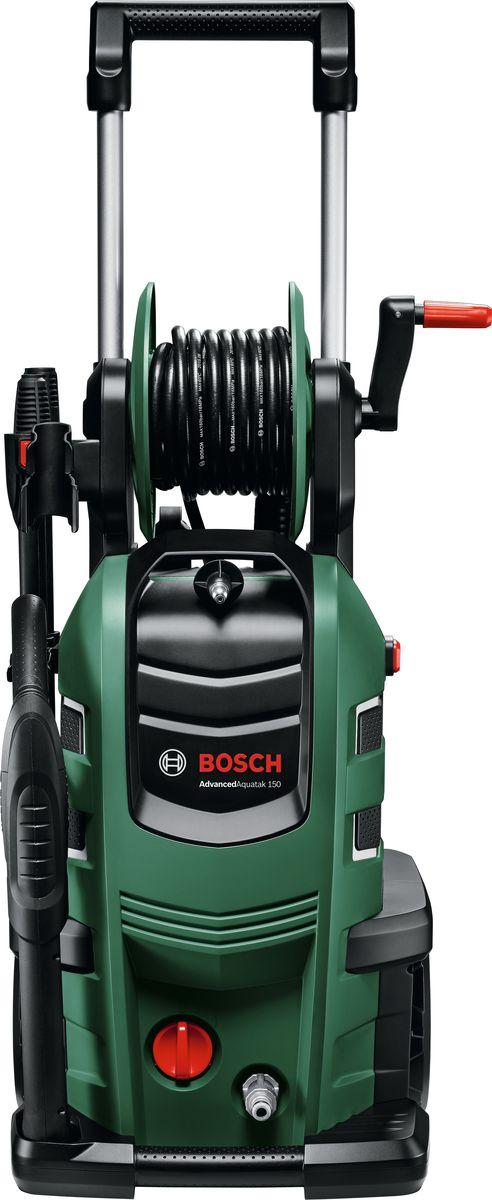 Минимойка Bosch AdvancedAquatak 150 служит для качественного устранения   загрязнений с различных типов поверхностей. Может применяться для мойки   автомобиля, фасадов зданий, дорожек на приусадебном участке.      Как выбрать мойку высокого давления. Статья OZON Гид