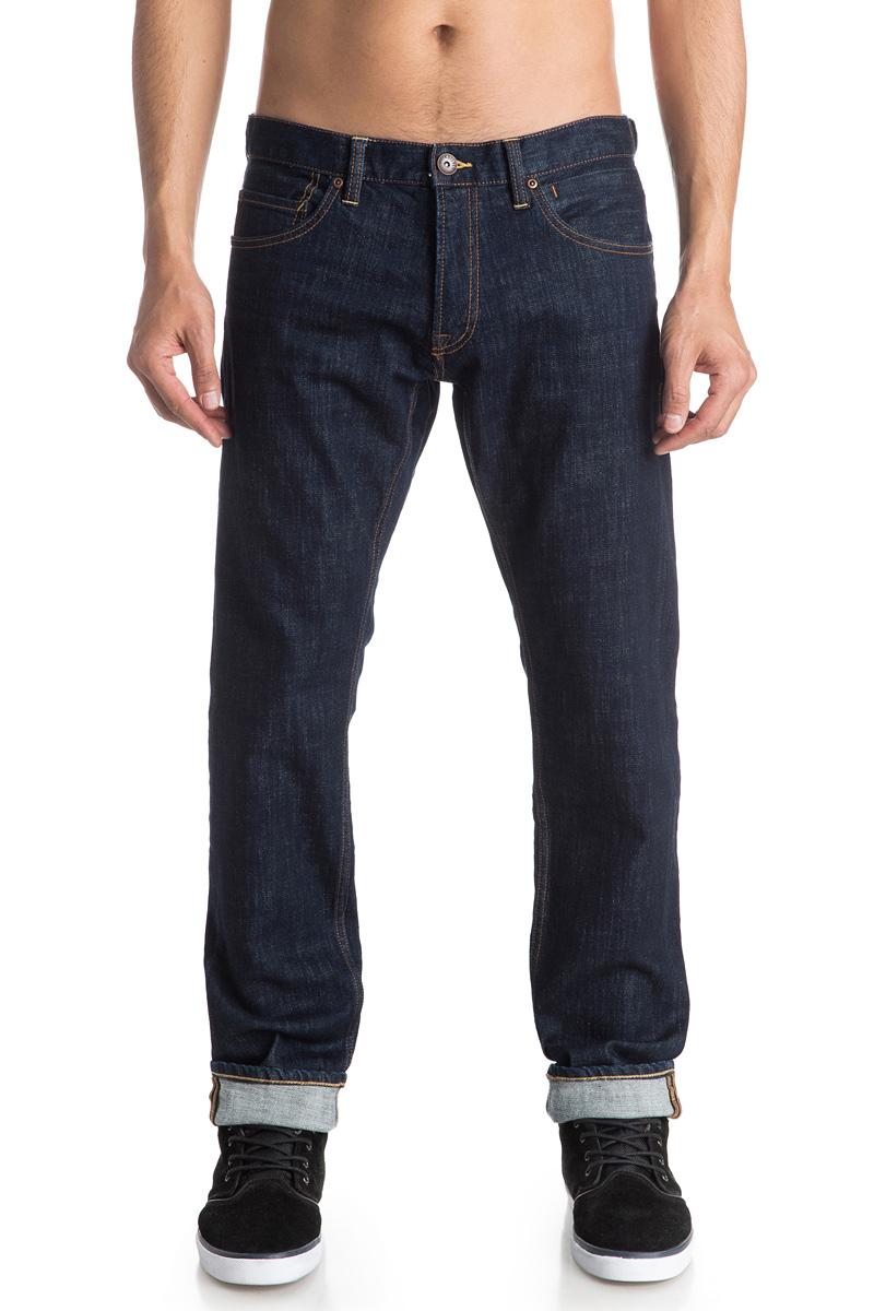Джинсы мужские Quiksilver, цвет: синий. EQYDP03317-BSNW. Размер 30-32 (46-32)EQYDP03317-BSNWМужские джинсы Quiksilver выполнены из высококачественного материала. Джинсы застегиваются на пуговицу в поясе и ширинку на застежке-молнии, дополнены шлевками для ремня. Спереди модель дополнена двумя втачными карманами, одним маленьким накладным, а сзади - двумя накладными карманами.