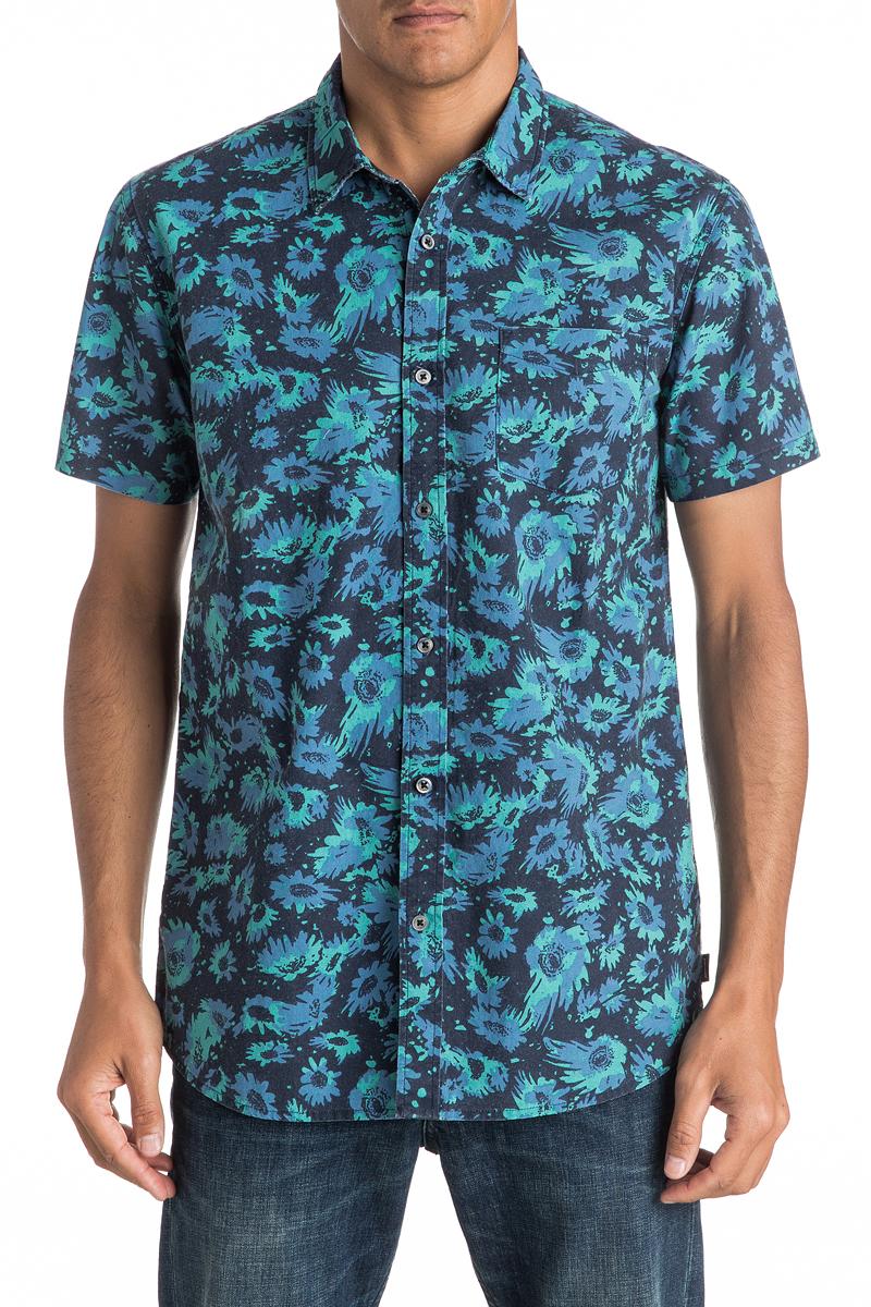 Рубашка мужская Quiksilver, цвет: синий. EQYWT03471-BYJ6. Размер L (52)EQYWT03471-BYJ6Мужская рубашка Quiksilver с коротким рукавом, выполнена из натурального хлопка. Изделие прямого кроя с закругленным низом, имеется нагрудный накладной карман. Модель оформлена оригинальным принтом.