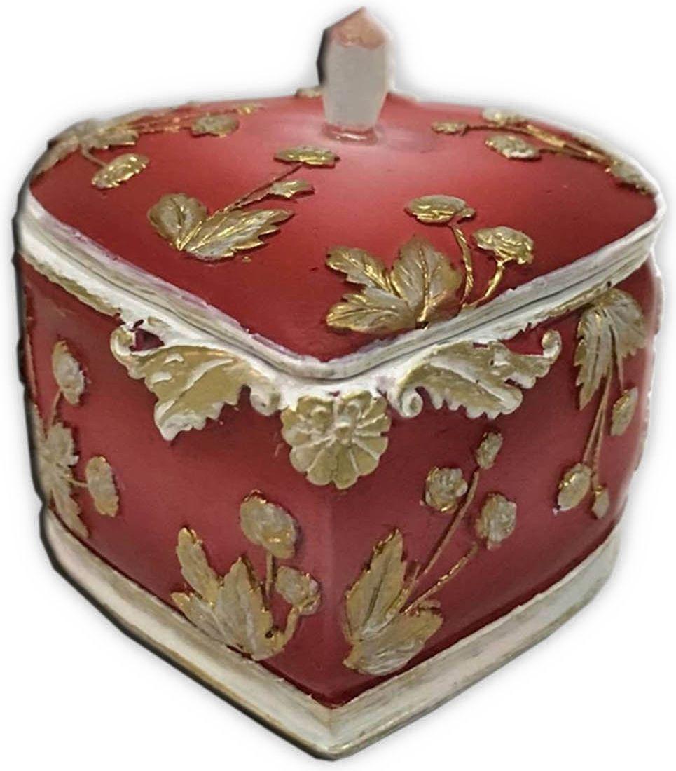 Шкатулка декоративная Magic Home, цвет: оранжевый, 7 х 7 х 6 см44573Декоративная шкатулка Magic Home, изготовленная из высококачественной полирезины в винтажном стиле, не оставит равнодушным ни одного любителя красивых вещей. Шкатулка может использоваться для хранения бижутерии, в качестве украшения интерьера, а также послужит хорошим подарком для человека, ценящего практичные и оригинальные вещи.