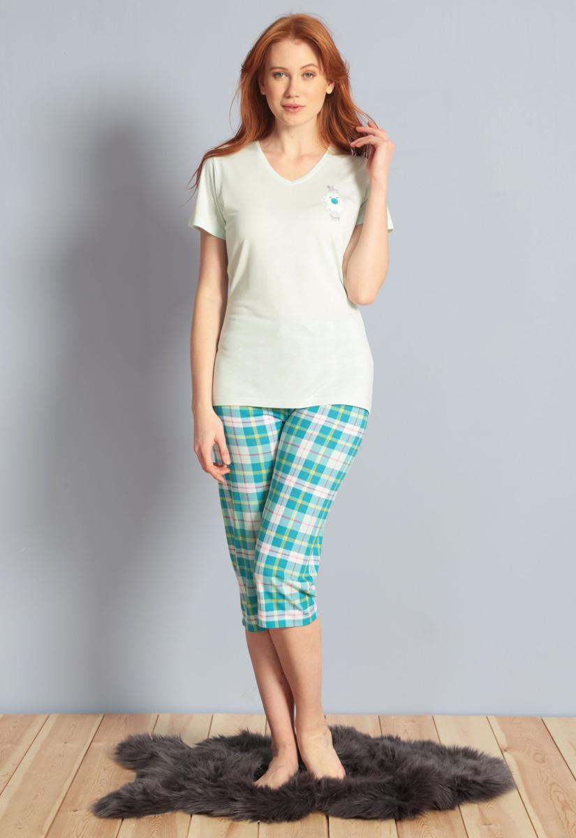Домашний комплект женский Kezokino, цвет: бирюзовый. 609100 1246. Размер XL (50)609100 1246Красивый комплект, выполненный из 100% вискозы, состоит из футболки и капри приятной расцветки. Отличный вариант для дома и отдыха на каждый день.