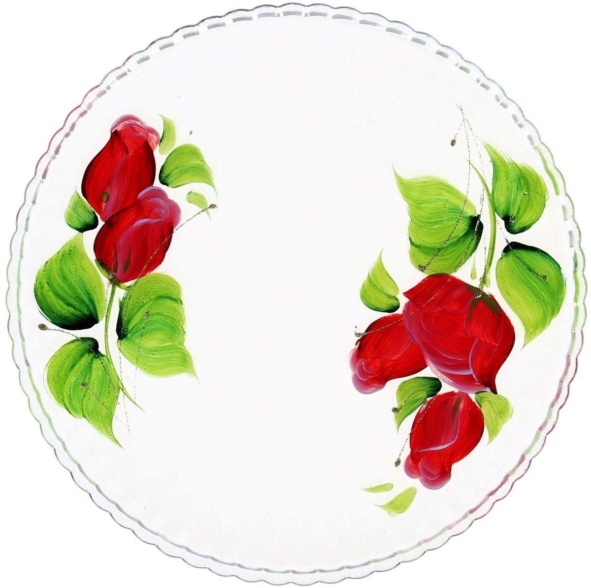 Блюдо Хрустальный звон Патиссэри, диаметр 28 см. 11936971193697Круглое блюдо Хрустальный звон выполнено из высококачественного стекла и дополнено красивым принтом с художественной росписью. Изделие отлично подходит для сервировки закусок, нарезок, канапе, горячих блюд и многого другого.Такое блюдо замечательно для торжественных случаев. Оно дополнит сервировку праздничного стола и подчеркнет ваш прекрасный вкус. Обращаем ваше внимание, что роспись на изделии сделана вручную. Рисунок может немного отличаться от изображения на фотографии. Диаметр блюда: 28 см.