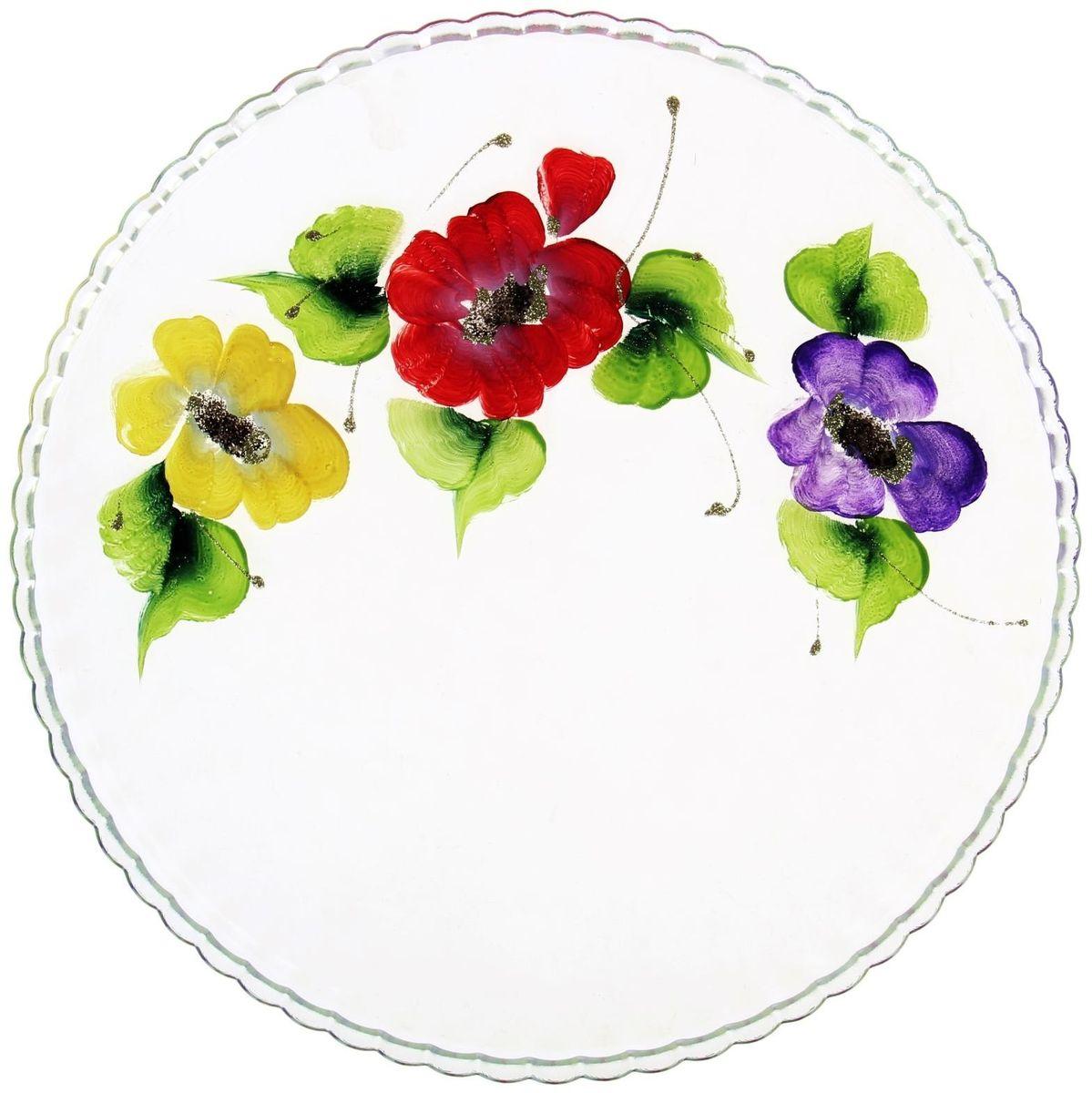 Блюдо Хрустальный звон Патиссэри, диаметр 28 см. 11937001193700Круглое блюдо Хрустальный звон выполнено из высококачественного стекла и дополнено красивым принтом с художественной росписью. Изделие отлично подходит для сервировки закусок, нарезок, канапе, горячих блюд и многого другого.Такое блюдо замечательно для торжественных случаев. Оно дополнит сервировку праздничного стола и подчеркнет ваш прекрасный вкус. Обращаем ваше внимание, что роспись на изделии сделана вручную. Рисунок может немного отличаться от изображения на фотографии. Диаметр блюда: 28 см.