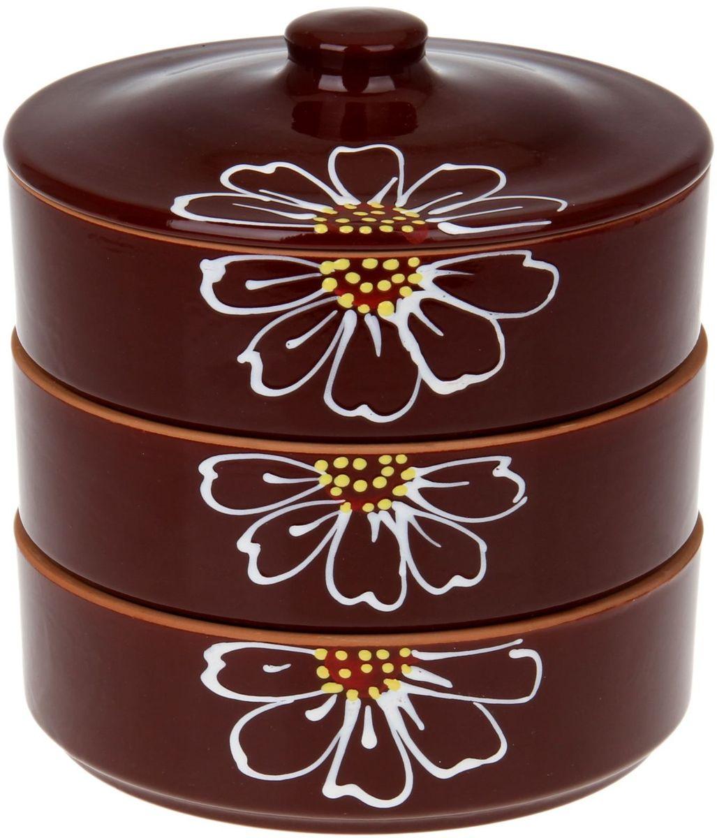 Набор блюд для холодца Псковский гончар Цветок, цвет: коричневый, 4 предмета1228240Набор для холодца Цветок коричневый 3 шт ( размер 1 шт H - 57мм, D - 172мм) будет вашим универсальным помощником! Он удобен не только для хранения холодца, но и для салатов, а также различных закусок. Набор предотвращает заветривание и сохраняет привлекательный внешний вид блюда. Вы сможете готовить непосредственно в нём: специальная керамика подходит для использования в микроволновой печи, в духовом шкафу, русской печи или на гриле.Утолщённые стенки дольше сохраняют тепло, поэтому можно не волноваться, что блюдо быстро остынет. Благодаря специальной конструкции предметы из набора можно устойчиво размещать друг на друге, что значительно сэкономит место в шкафу или холодильнике.Приятная расцветка и аккуратный рисунок будут радовать глаз при каждом использовании. Благодаря структуре глины любое блюдо, приготовленное при помощи посуды от «Псковского гончара», будет максимально вкусным и сохранит все свои полезные качества.
