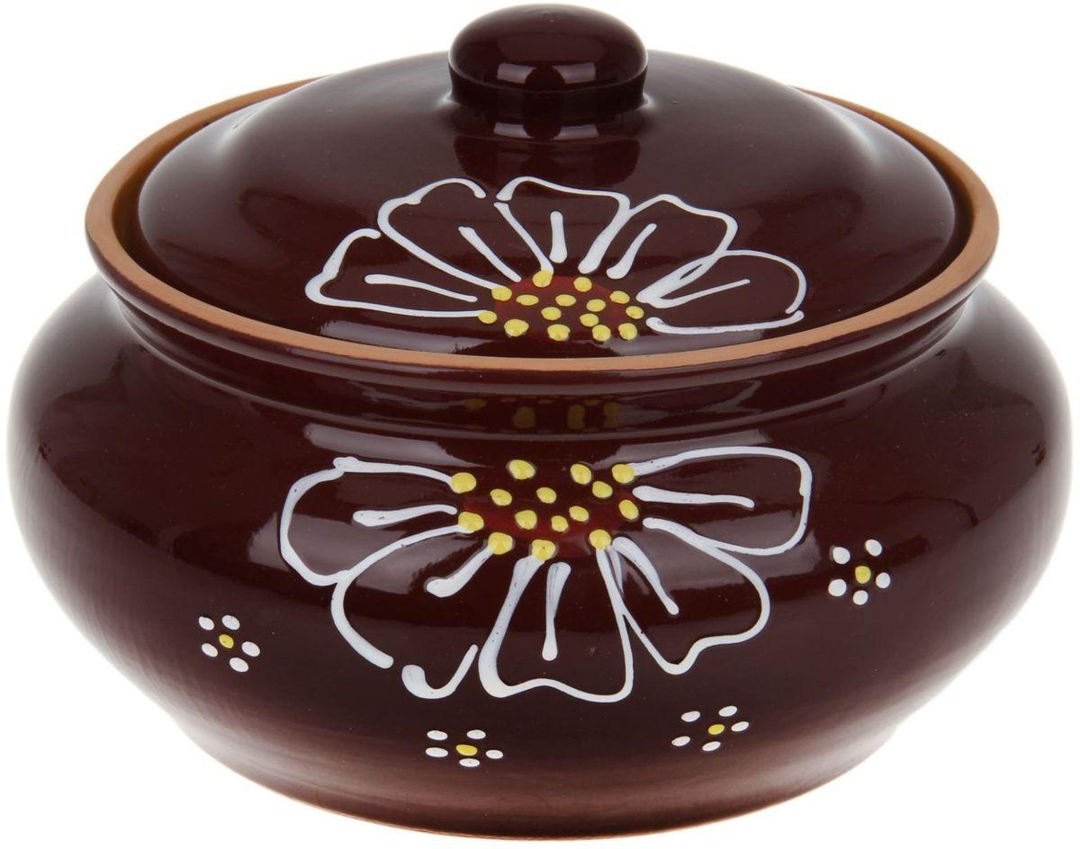 Пельменница Псковский гончар, цвет: коричневый, 2 л1228246Аккуратная пельменница Псковский гончар выполнена из керамики, что придаёт любому приготовленному в ней блюду особенный вкус. Покрытие - пищевая глазурь, которая безопасна в использовании, не имеет трещин и зазоров. Двойной обжиг служит гарантом надёжности и долговечности изделия.Пельменница имеет удобную крышку, которая предотвратит разбрызгивание и попадание посторонних продуктов в пищу. Приятная расцветка будет радовать глаз при каждом использовании, а оптимальный объём позволит накормить всю семью! Благодаря структуре глины, любое блюдо, приготовленное при помощи посуды от Псковского гончара, будет максимально вкусным и сохранит все свои полезные качества.