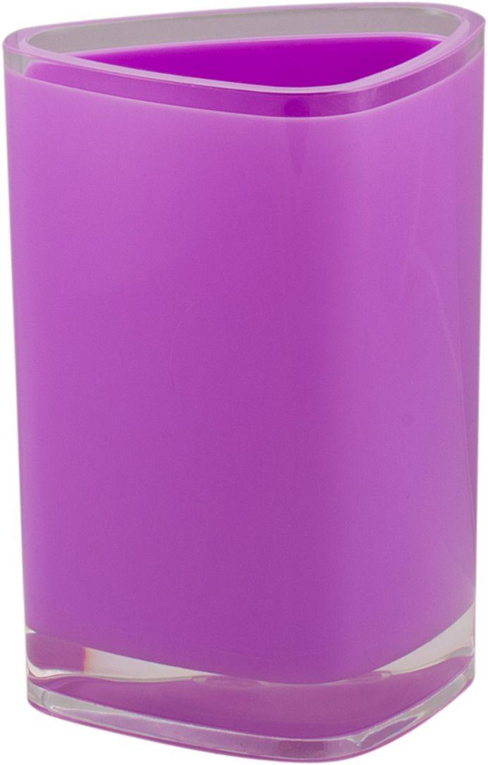 """Стакан для ванной Swensa """"Нео"""" — практичный аксессуар для удобного хранения гигиенических принадлежностей. Изделие обращает на себя внимание выразительной формой, выдержанной в современном дизайне. Этот яркий аксессуар, дополненный иными изделиями из одноименной коллекции, станет модным акцентом в сдержанном интерьере ванной комнаты."""