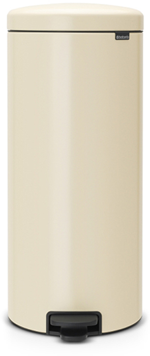 Бак мусорный Brabantia NewIcon, с педалью, цвет: миндальный, 30 л. 114281114281Этот высокий вместительный бак на 30 литров с педалью - превосходное решение для большой семьи.Бесшумный - плавное закрывание крышки и необыкновенно мягкий ход педали.Не пропускает запах - плотно прилегающая крышка.Устойчивый - специальное устройство, предотвращающее опрокидывание бака.Не повреждает пол - нескользящее основание.Удобная очистка - съемное внутреннее пластиковое ведро.Бак удобно перемещать - специальная ручка в блоке крепления крышки.Всегда опрятный вид - в комплекте идеально подходящие по размеру мешки для мусора PerfectFit (размер G).Изготовлен на 40% из переработанных материалов, подлежит вторичной переработке вместе с упаковкой на 98%.Сертификат соответствия концепции регенерации Cradle to Cradle.