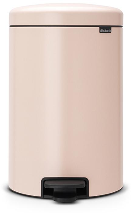 Бак мусорный Brabantia NewIcon, с педалью, цвет: чайная роза, 20 л. 113949907302Этот 20-литровый бак с педалью – отличное решение для кухни или гостиной: большое загрузочное отверстие позволяет аккуратно собирать мусор, не просыпая на пол.Бесшумный - плавное закрывание крышки и необыкновенно мягкий ход педали.Не пропускает запах - плотно прилегающая крышка.Устойчивый - специальное устройство, предотвращающее опрокидывание бака.Не повреждает пол - нескользящее основание.Удобная очистка - съемное внутреннее пластиковое ведро.Бак удобно перемещать - специальная ручка в блоке крепления крышки.Всегда опрятный вид - в комплекте идеально подходящие по размеру мешки для мусора PerfectFit (размер D).Изготовлен на 40% из переработанных материалов, подлежит вторичной переработке вместе с упаковкой на 98%.Сертификат соответствия концепции регенерации Cradle to Cradle.