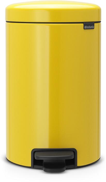 Бак мусорный Brabantia NewIcon, с педалью, цвет: желтая маргаритка, 12 л. 113567113567Этот 12-литровый бак с педалью достаточно вместителен и при этом достаточно компактен для размещения под рабочим столом – отличное решение для кухни или гостиной.Бесшумный - плавное закрывание крышки и необыкновенно мягкий ход педали. Не пропускает запах - плотно прилегающая крышка. Устойчивый - специальное устройство, предотвращающее опрокидывание бака. Не повреждает пол - нескользящее основание. Удобная очистка - съемное внутреннее пластиковое ведро. Бак удобно перемещать - специальная ручка в блоке крепления крышки. Всегда опрятный вид - в комплекте идеально подходящие по размеру мешки для мусора PerfectFit (размер C). Изготовлен на 40% из переработанных материалов, подлежит вторичной переработке вместе с упаковкой на 98%. Сертификат соответствия концепции регенерации Cradle to Cradle.