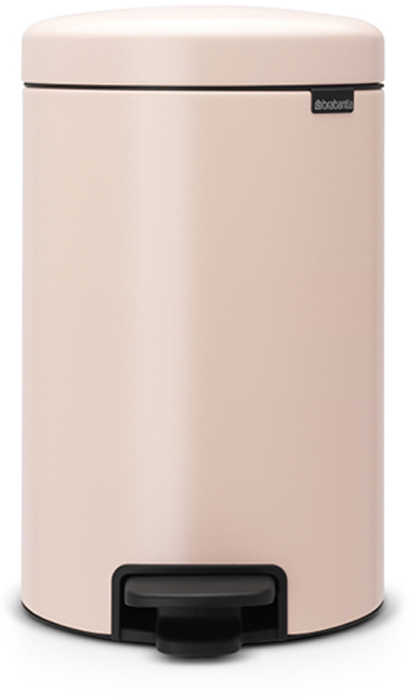 Бак мусорный Brabantia NewIcon, с педалью, цвет: чайная роза, 12 л. 113543113543Этот 12-литровый бак с педалью достаточно вместителен и при этом достаточно компактен для размещения под рабочим столом – отличное решение для кухни или гостиной.Бесшумный - плавное закрывание крышки и необыкновенно мягкий ход педали. Не пропускает запах - плотно прилегающая крышка. Устойчивый - специальное устройство, предотвращающее опрокидывание бака. Не повреждает пол - нескользящее основание. Удобная очистка - съемное внутреннее пластиковое ведро. Бак удобно перемещать - специальная ручка в блоке крепления крышки. Всегда опрятный вид - в комплекте идеально подходящие по размеру мешки для мусора PerfectFit (размер C). Изготовлен на 40% из переработанных материалов, подлежит вторичной переработке вместе с упаковкой на 98%. Сертификат соответствия концепции регенерации Cradle to Cradle.