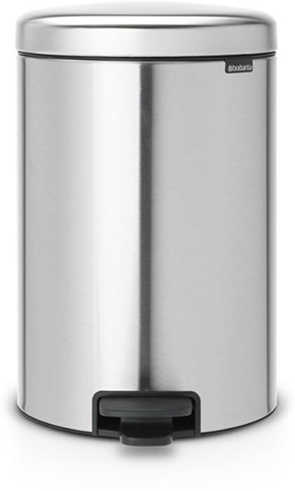 Бак мусорный Brabantia NewIcon, с педалью, цвет: стальной матовый FPP (FPP), 20 л. 111907111907Этот 20-литровый бак с педалью – отличное решение для кухни или гостиной: большое загрузочное отверстие позволяет аккуратно собирать мусор, не просыпая на пол.Бесшумный - плавное закрывание крышки и необыкновенно мягкий ход педали. Не пропускает запах - плотно прилегающая крышка. Устойчивый - специальное устройство, предотвращающее опрокидывание бака. Не повреждает пол - нескользящее основание. Удобная очистка - съемное внутреннее пластиковое ведро. Бак удобно перемещать - специальная ручка в блоке крепления крышки. Покрытие с защитой от отпечатков пальцев (FPP). Всегда опрятный вид - в комплекте идеально подходящие по размеру мешки для мусора PerfectFit (размер D). Изготовлен на 40% из переработанных материалов, подлежит вторичной переработке вместе с упаковкой на 98%. Сертификат соответствия концепции регенерации Cradle to Cradle.